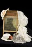 Tábua de lavar e chapéus do vintage Foto de Stock Royalty Free