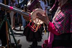Támesis, Waikato - 10 de noviembre: Desfile punky del vapor el 10 de noviembre de 2018 en la calle principal del Támesis en Nueva imagenes de archivo