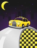 Táxi amarelo em um passeio da noite Fotos de Stock Royalty Free
