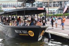 Táxi da água em baltimore Imagens de Stock