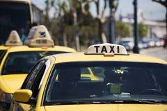 Táxis amarelos fotografia de stock