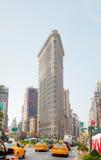 Táxis amarelos na 5a avenida em New York City Imagem de Stock Royalty Free