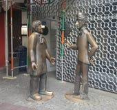 Tà ¼ nnes和Schäl雕塑  库存照片
