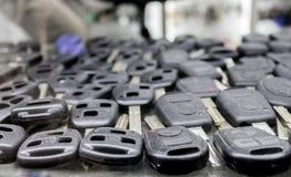 Tão muitas chaves do carro na mostra do ` s do serralheiro fotografia de stock royalty free