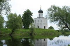 Täcka kyrkan på Nerli Royaltyfria Bilder