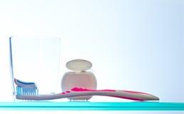 Tägliches Mundhygieneprogramm Stockfotos