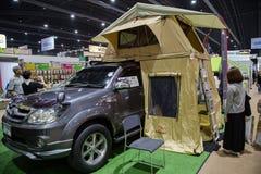 Tält för biltaköverkant Arkivfoto