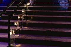 Tänd stege med stearinljus arkivbild