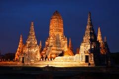 Tänd upp, Wat Chaiwattanaram, den historiska templet Royaltyfria Foton