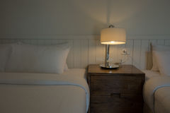 Tända i sovrummet Arkivbild