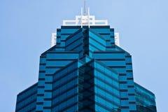 tänder mörka golv för vinkelblå byggnad upperen Royaltyfri Foto