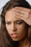 tänka för huvudvärk Fotografering för Bildbyråer