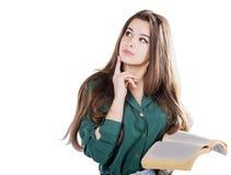 Tänka för ung flicka som rymmer boken för att isolera Royaltyfri Bild