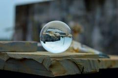 Tänkande Crystal Ball Fotografering för Bildbyråer