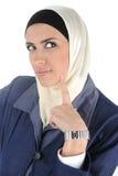 tänkande kvinna för skönhetmuslim Royaltyfri Bild