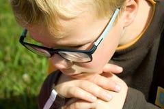 Tänkande pojke Arkivfoton