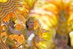 Tänzer in der Zitronen-Festival-Parade Stockfotografie