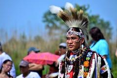 Tänzer des amerikanischen Ureinwohners stockbild