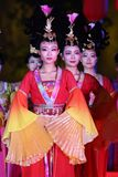 Tänzer im Tang-Dynastie-Kostüm in Xian Stockfotos