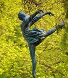 Tänzer im Wald Stockbilder