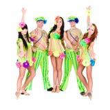 Tänzerteamtragen ukrainische Volkskostüme Stockfotos