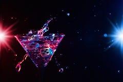 Tärning och martini Royaltyfri Bild