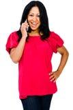 tät mobil som talar upp kvinna Royaltyfri Fotografi