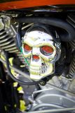 tät motorcykelskalle arkivfoton
