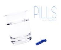 tät pill upp vatten Arkivfoton