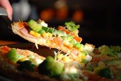 tät pizza upp Arkivbilder