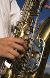 tät saxofon upp Royaltyfri Foto