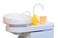 tät vask för tandläkare s Arkivfoto
