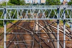 täta daglinjer järnväg spåriner upp två Fotografering för Bildbyråer