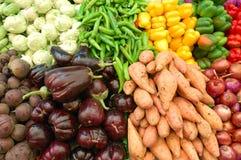 täta färgrika övre grönsaker arkivbild
