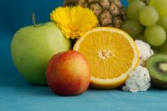 täta frukter upp Fotografering för Bildbyråer