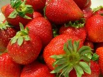 täta jordgubbar upp Fotografering för Bildbyråer