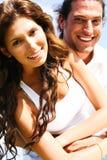täta par som ler upp Royaltyfri Foto