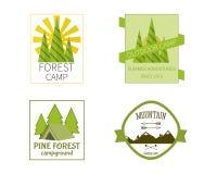 Tätigkeits-im Freien Reise-Logo Vintage Labels-Design Stockbilder