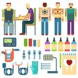 Tätowieren Sie Ausrüstung und Ausrüstung, Leutestudiotintenkunstikonenwerkzeug-Vektorsatz Stockfoto