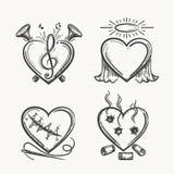 Tätowierungsherzen Hand gezeichnete Herzikonen-Vektorillustration Engel der Musik, der Nadel und der Kugeln lokalisiert auf Weiß Lizenzfreie Stockbilder