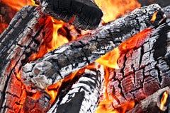 tätt övre för campfire arkivbilder
