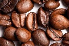 tätt kaffe för böna upp Royaltyfria Bilder