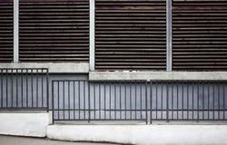 tätt staket upp stads- Royaltyfri Bild