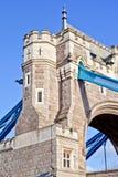 tätt torn för bro upp Arkivbild