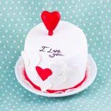 Tårta för valentin dag Arkivbild