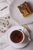 Tårta och tea Royaltyfri Foto