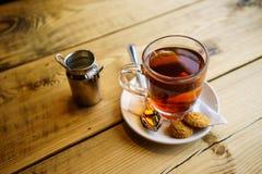 Tè al latte inglese nel Regno Unito fotografia stock