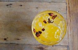 Tè arancione con cannella Fotografia Stock Libera da Diritti