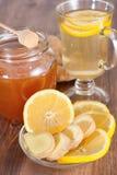 Tè caldo del limone dello zenzero Fotografia Stock