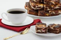 Tè con il dolce di cioccolato Immagini Stock